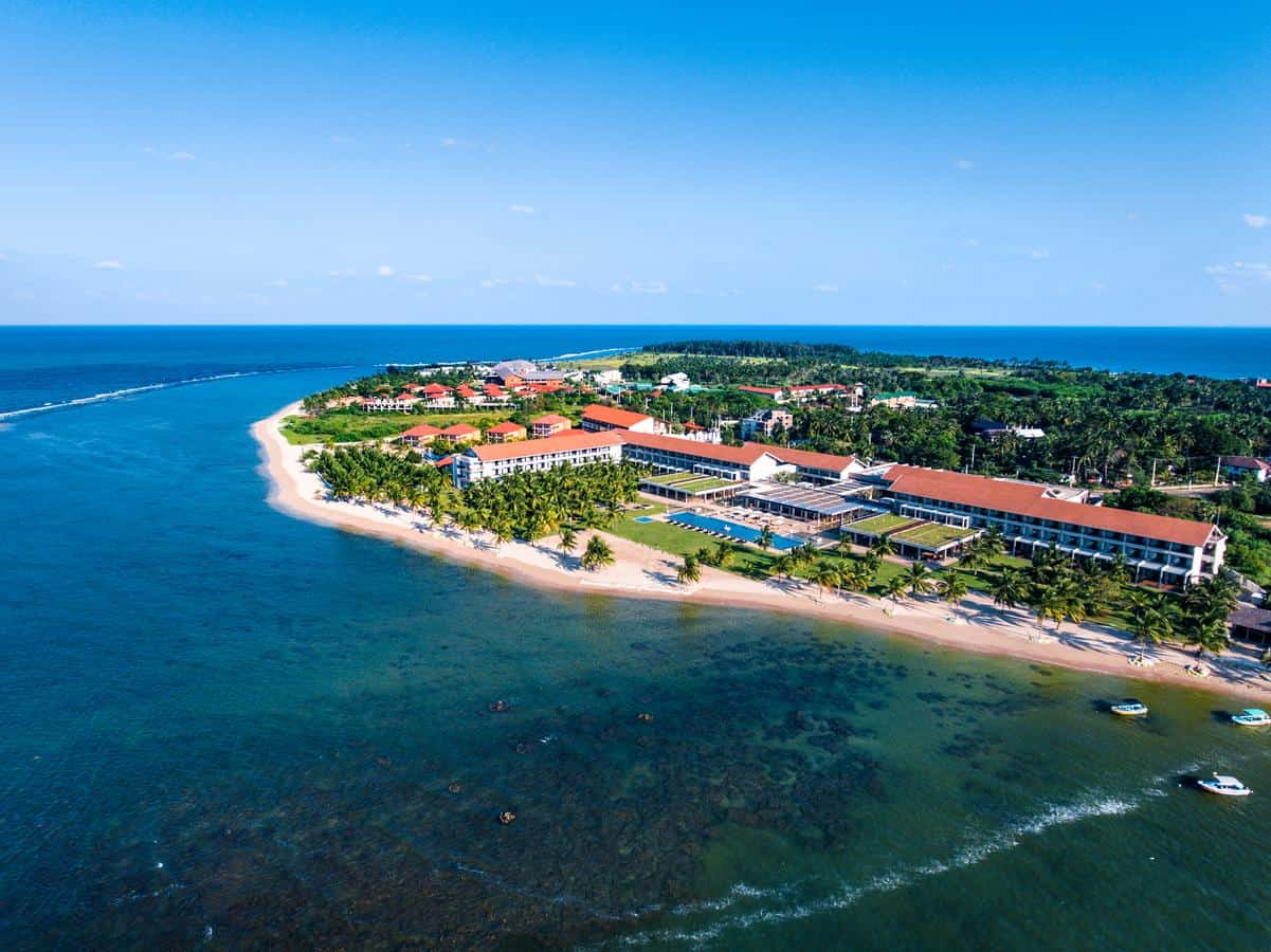 Luxury 5-Star Beach Resort in Sri Lanka