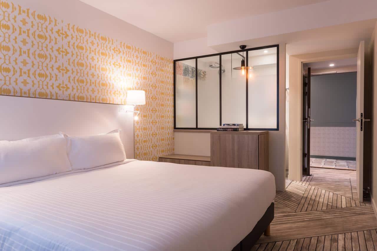 Paris hotel deal